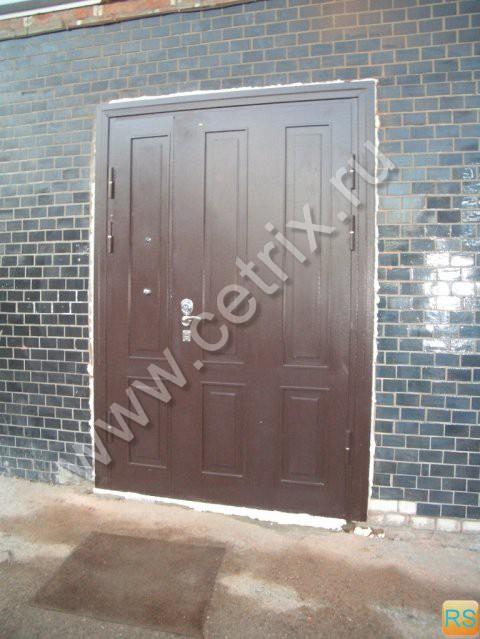 производство двери металлические уличные