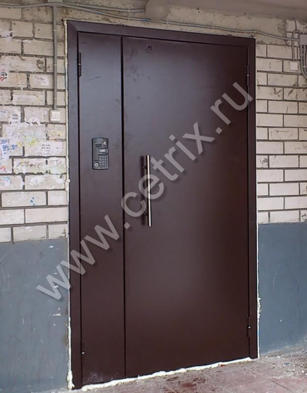 подъездная металлическая дверь антивандальные